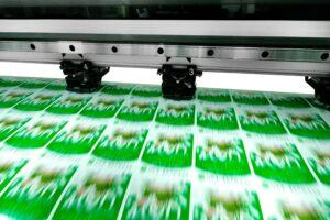 drukowanie naklejek papierowych